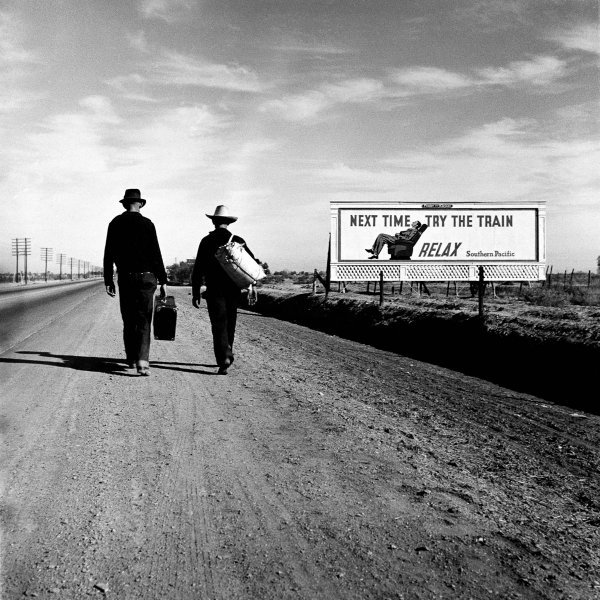 20-1937-Towards-Los-Angeles-Dorothea-LANGE-1937.jpg